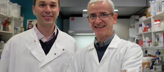 Dr de Boer and Dr Williams in their Leuka lab coats