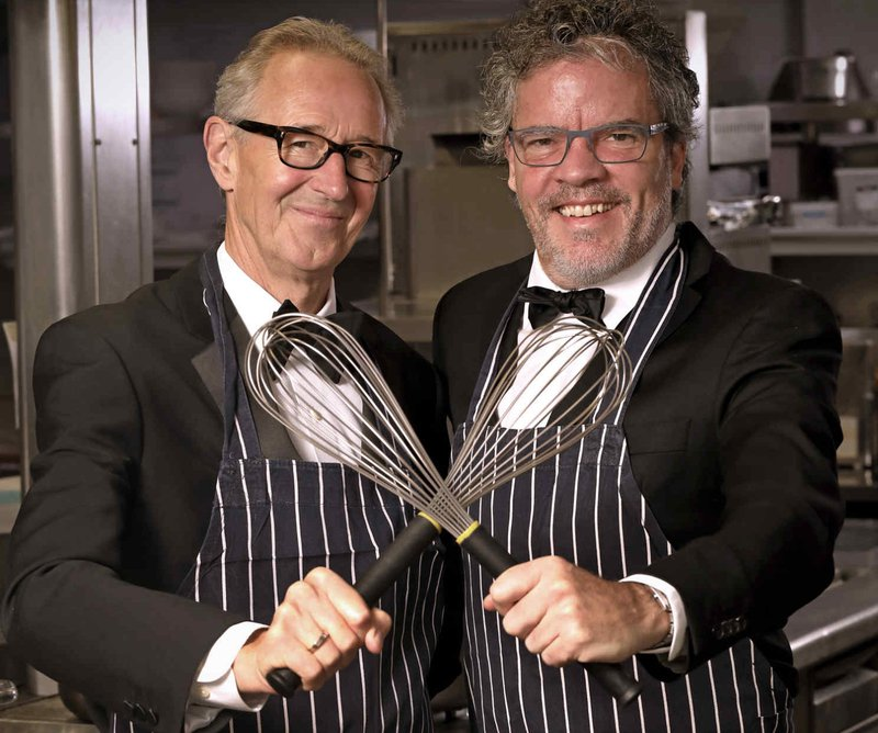 Chris and Peter - who's cooking dinner 2019